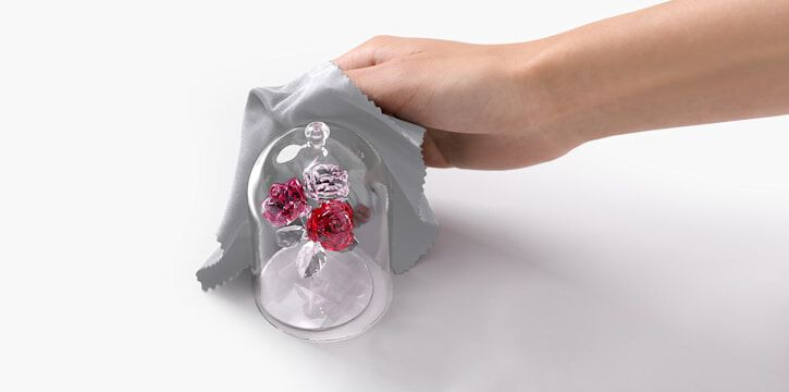 how to clean decorations