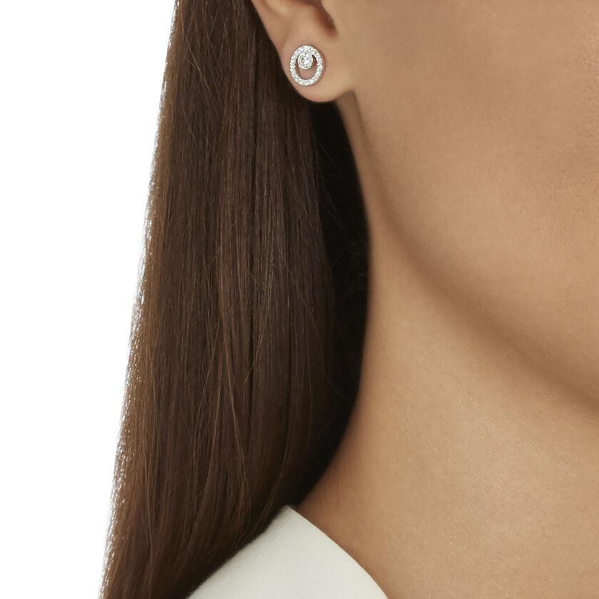 أقراط Creativity دائرية للأذن المثقوبة، صغيرة، لون أبيض، طلاء روديوم